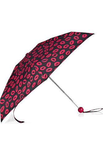 Marc by Marc Jacobs Umbrella Giveaway Winner!